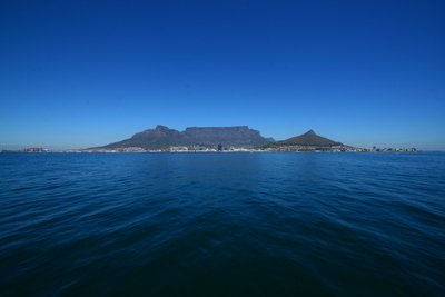 cape town, picture 1: table mountain. click on the image to go to the next picture