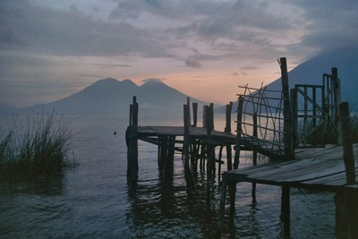 guatemala, picture 3: lago de atitlán. click on the image to go to the next picture