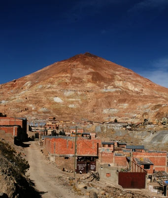 potosi, picture 1: cerro rico. click on the image to go to the next picture